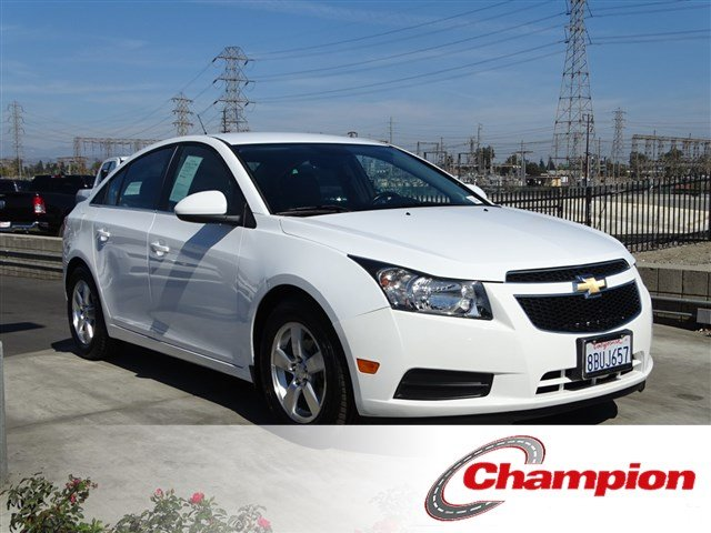 Pre Owned 2013 Chevrolet Cruze 1LT
